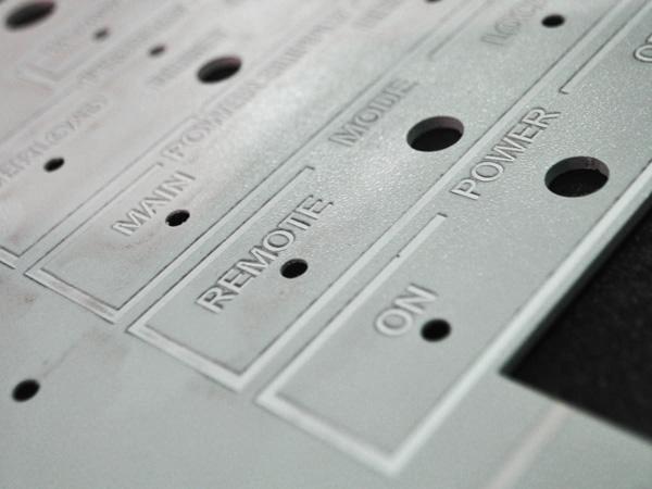 Производство лицевых панелей приборов
